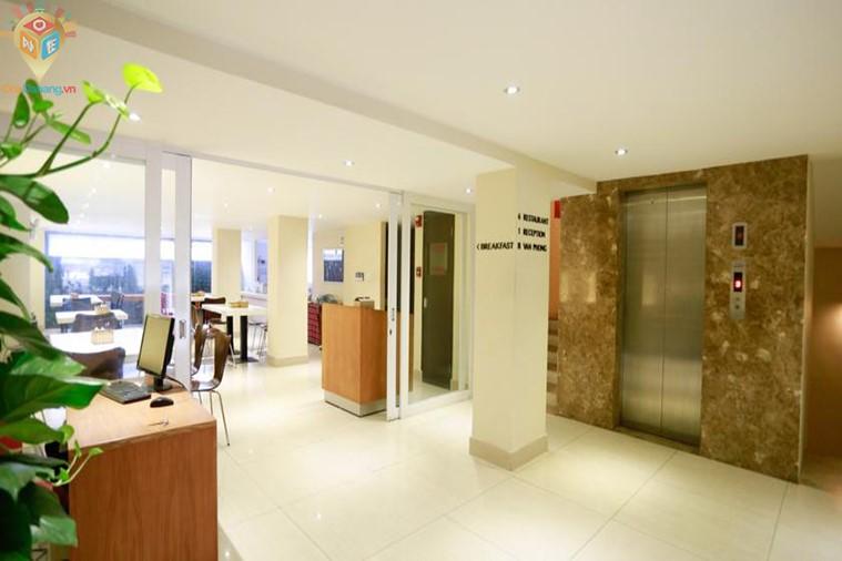 Khách sạn Thủ Đô