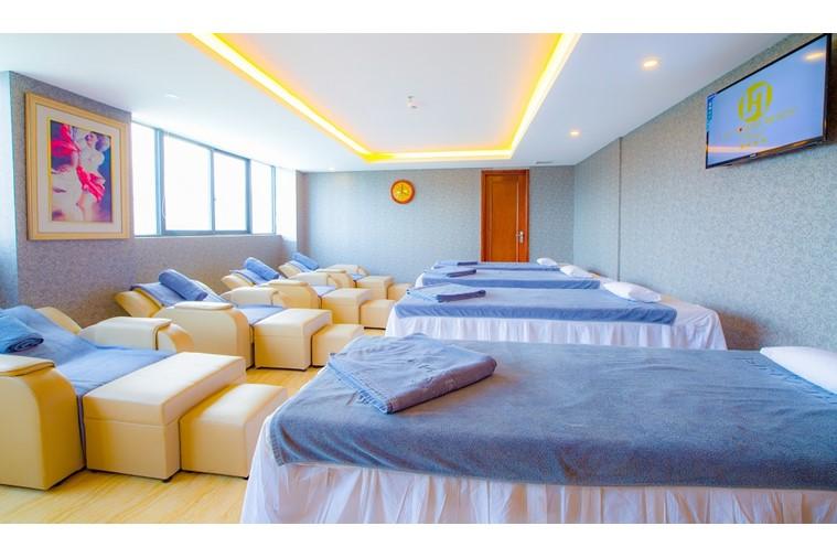 Khách sạn Lê Hoàng Beach