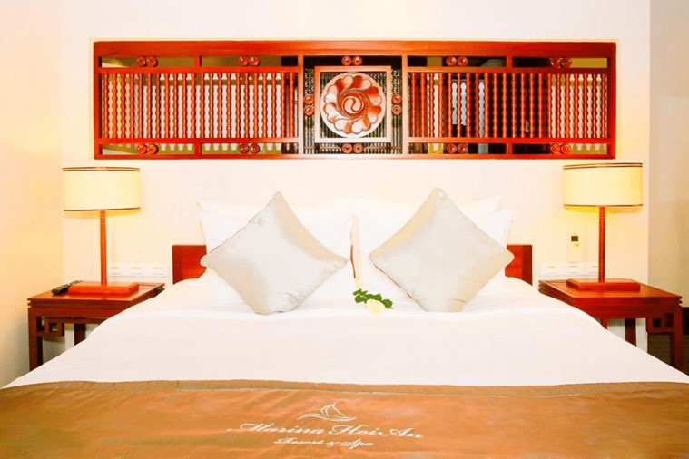 Phòng Marina River View Villas