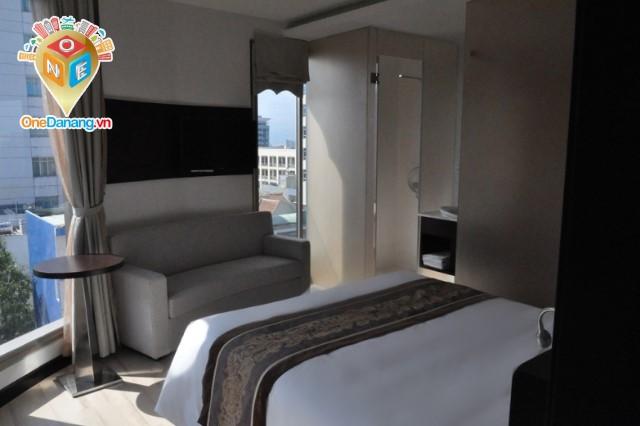 Phòng đôi cho gia đình (Connecting Suites)