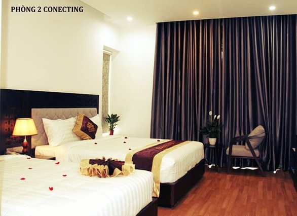 CONECTING ROOM