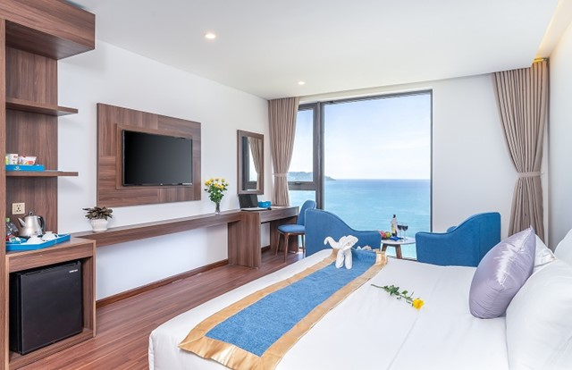 Phòng Premium Deluxe Double Sea View
