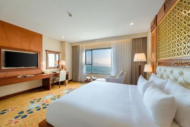 Phòng Premium Deluxe King Ocean View
