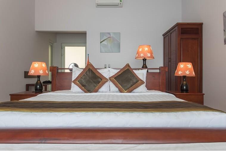One Bedroom Ocean Pool Villa