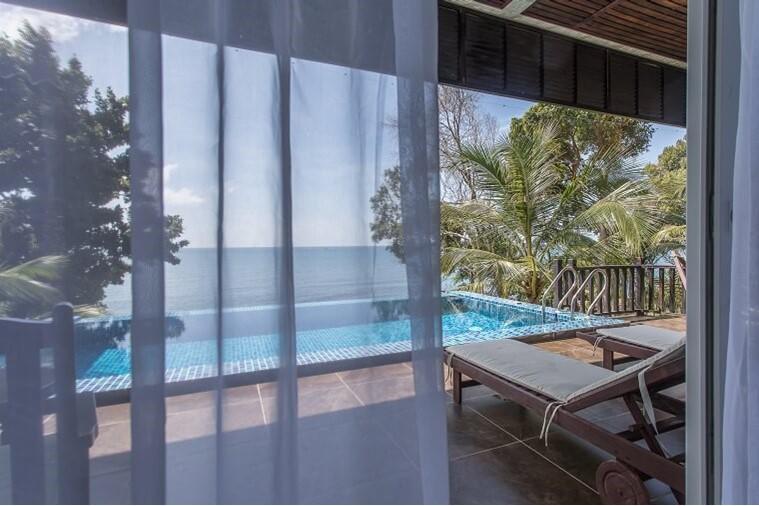 Two Bedrooms Ocean View Pool Villa
