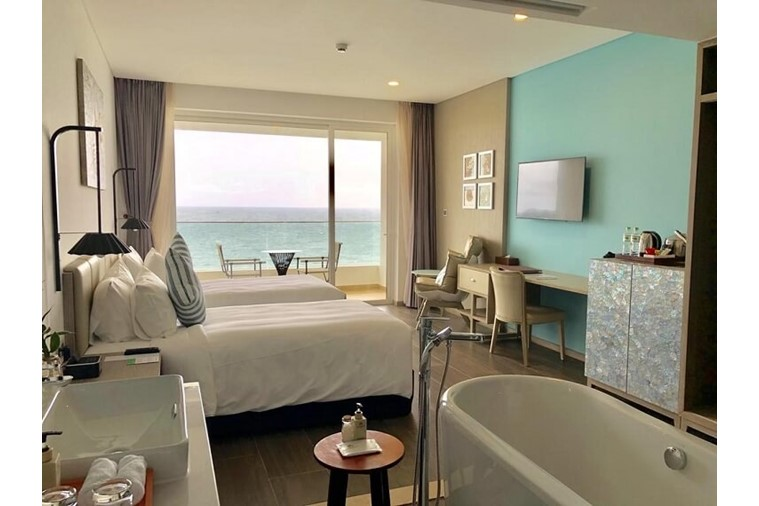 Club Room Ocean View Double / Twin