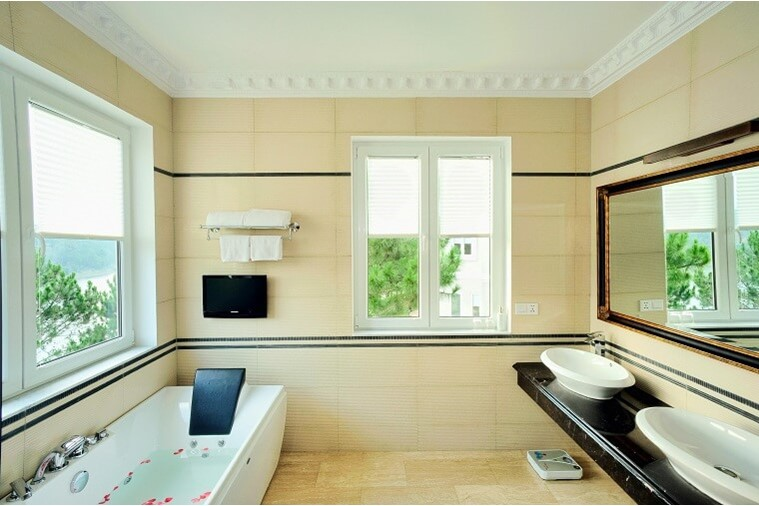 Camellia Junior Suite ( Lake View)