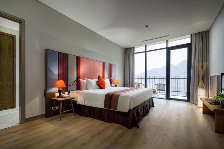 Red Dao Suite