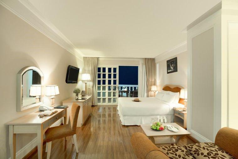 Khách Sạn Sunrise Beach Hotel & Spa Nha Trang