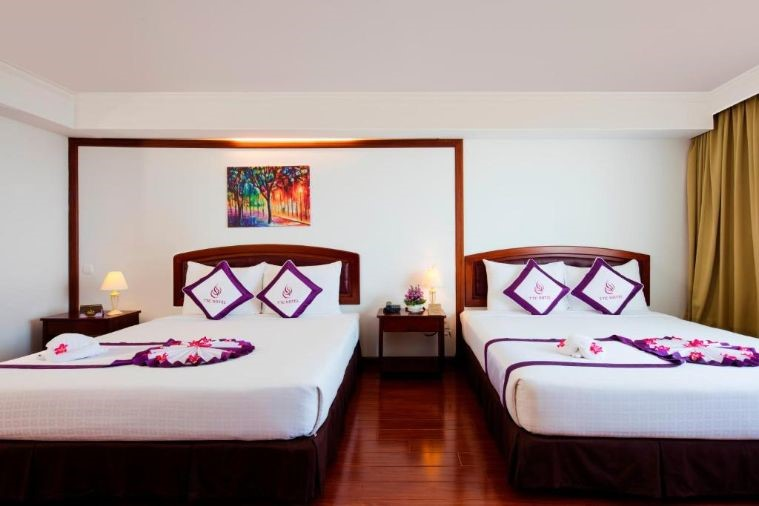 Phòng Deluxe Twin Sea View