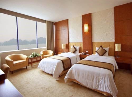 Phòng Deluxe hai Giường đơn Nhìn ra Biển