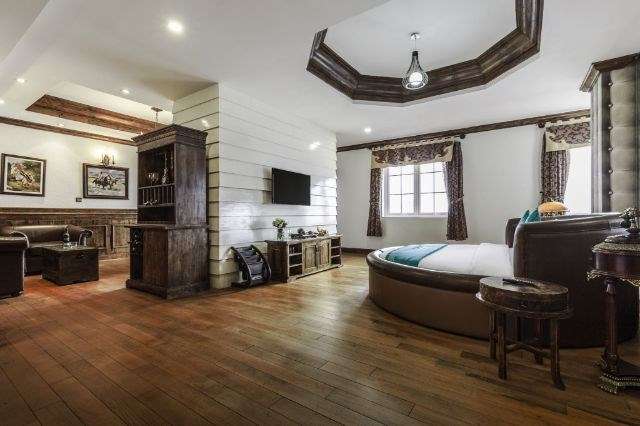 Phòng Grand Suite River