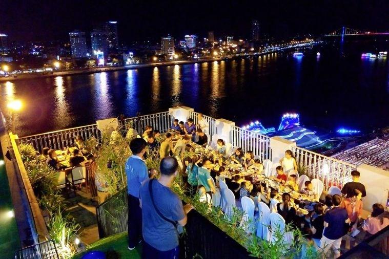 Khách Sạn Ibiza Riverfront Đà Nẵng