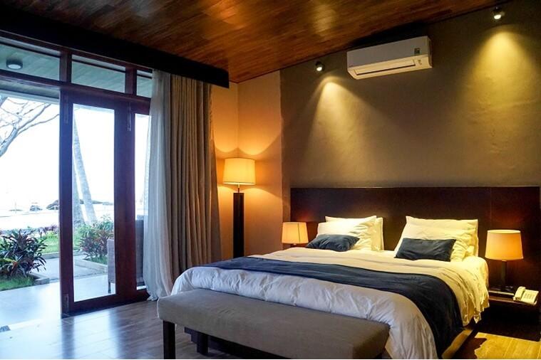 Phòng Deluxe Villa Sea View