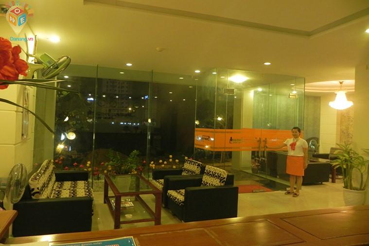 Khách sạn Sunny Beach