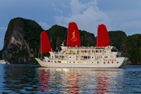 Syrena Cruises Hạ Long