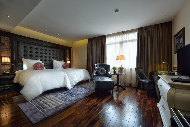 Phòng Suite Cổ Điển