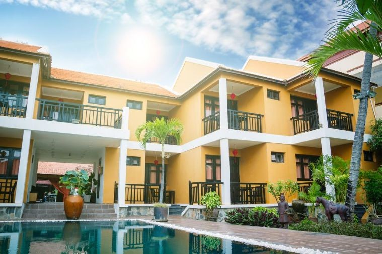Khách Sạn Riva Mũi Né Resort