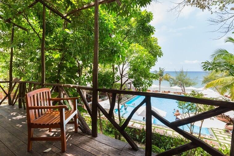 Phòn Bungalow Triple Sea & Pool View