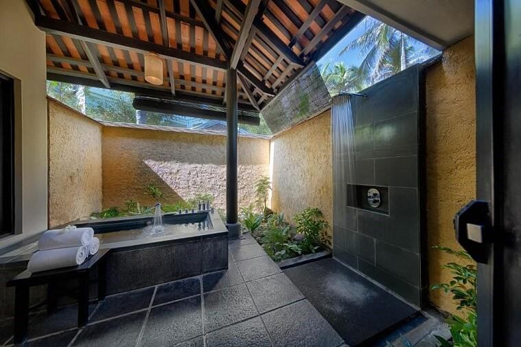 Biệt Thự 2 Phòng Ngủ Hồ Bơi Hướng Vườn