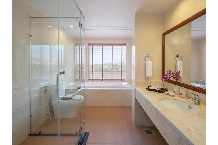 Phòng Deluxe Suite
