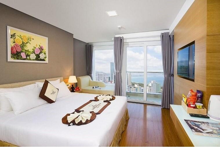 Deluxe Sea view Balcony