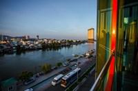 Khách sạn Moonlight Bay Nha Trang