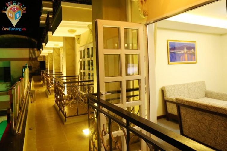 Khách sạn Tiên Sa