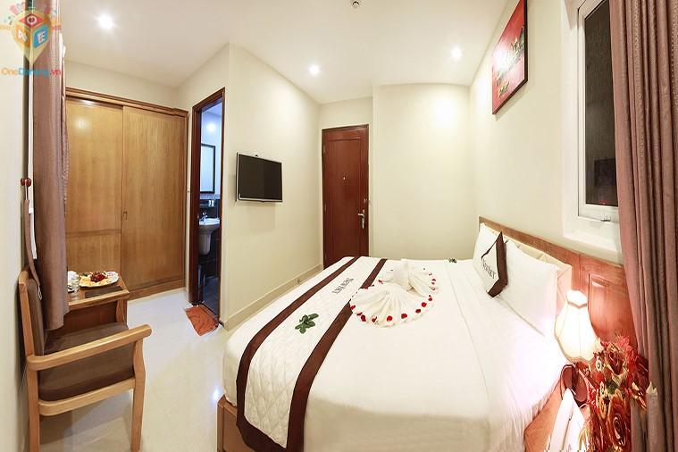 Phòng 1 giường hướng biển
