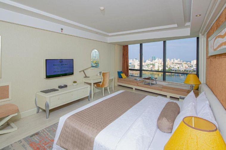 Phòng Junior Suite Double River View