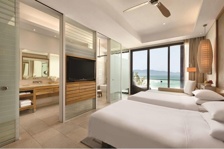 2 Twin Beds Ocean View