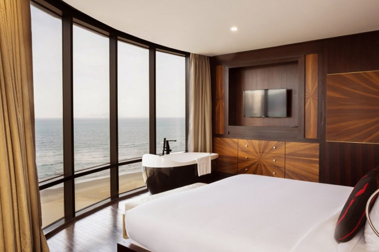 President Spa Suite Beachfront