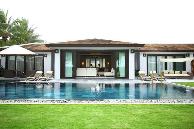 Grand beach Villas
