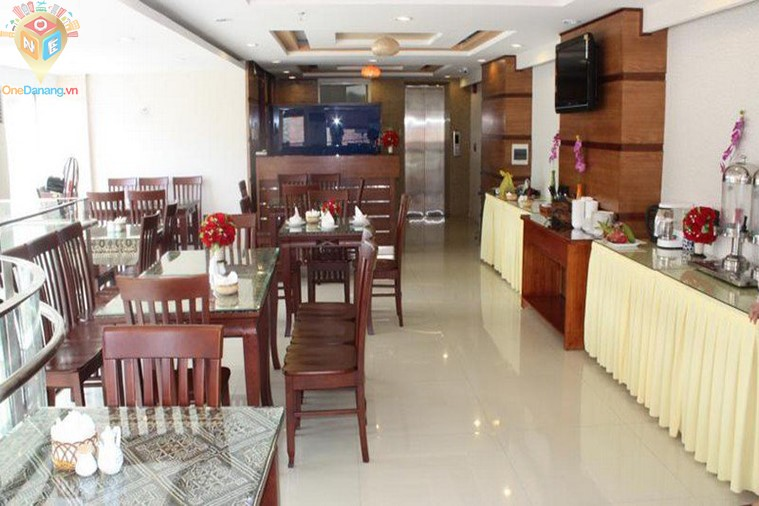 Khách sạn Grand Mango