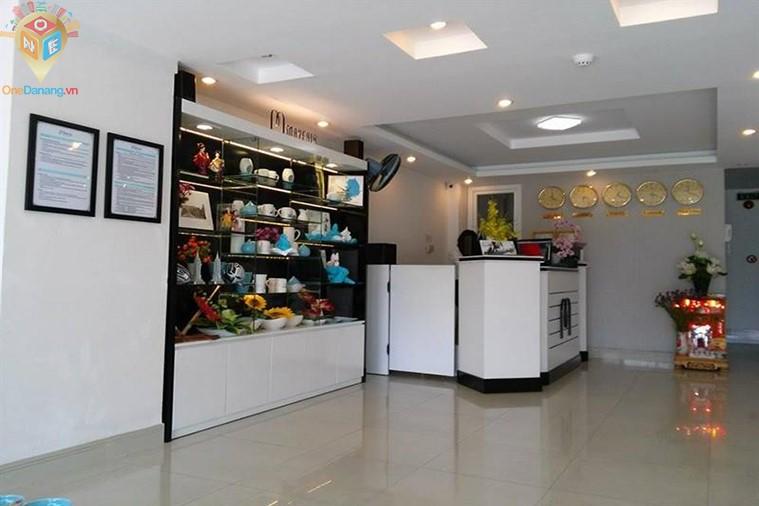 Khách sạn và căn hộ Mayfair Đà Nẵng
