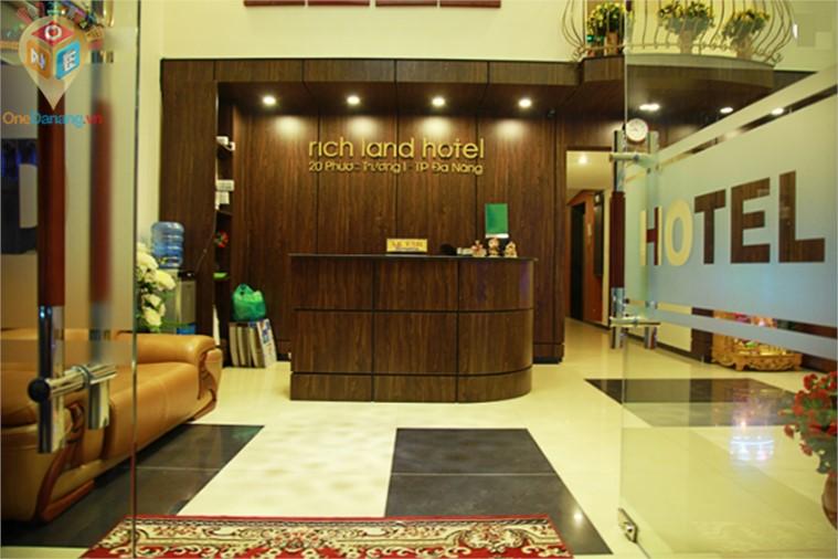 Khách sạn Rich Land