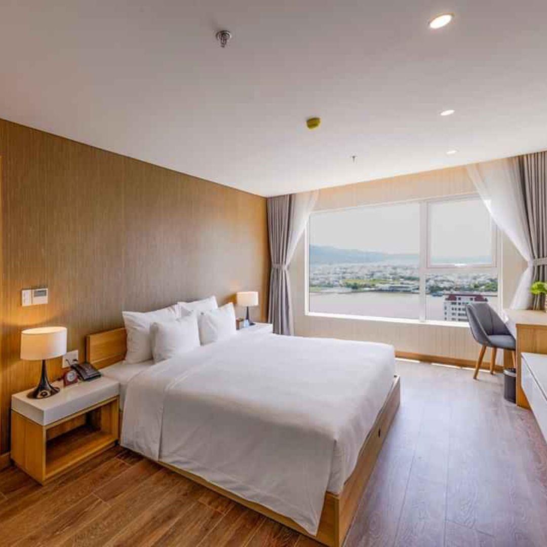 Khách Sạn Zen Diamond Suites Đà Nẵng