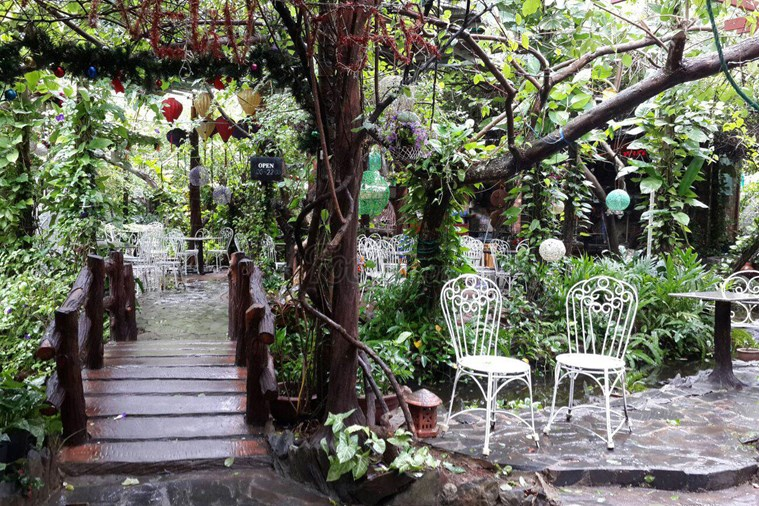Cơm Niêu Vip Vườn