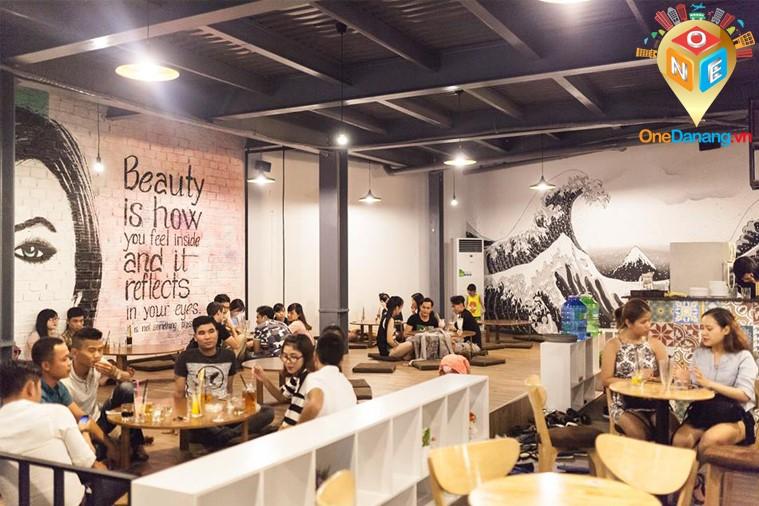 MooN Cafe - Đà Nẵng