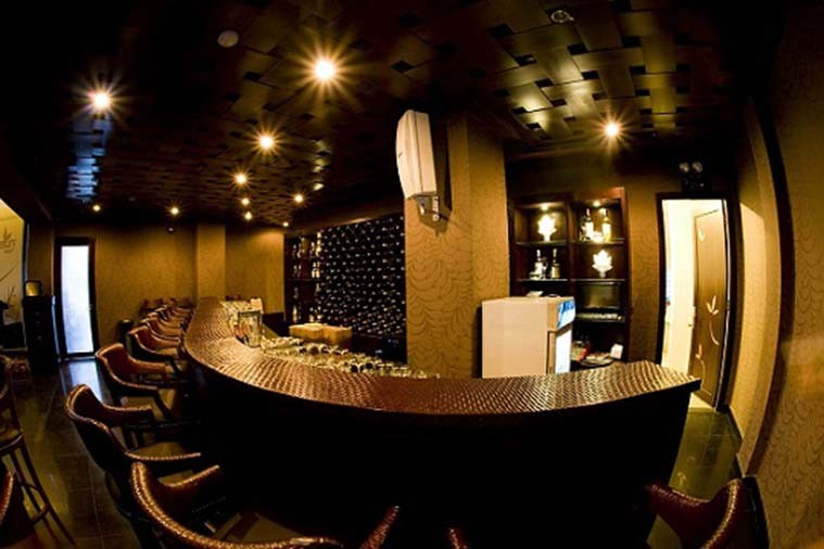 Memory Lounge Bar & Restaurant