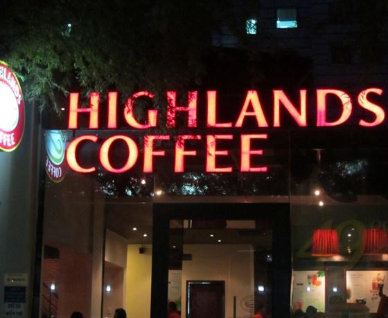 Highlands Coffee - 74 Bạch Đằng