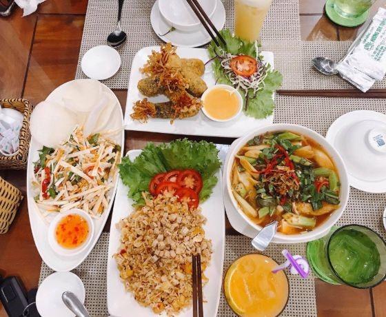 Nhà hàng chay Hương Sen Trắng - Phan Thiết