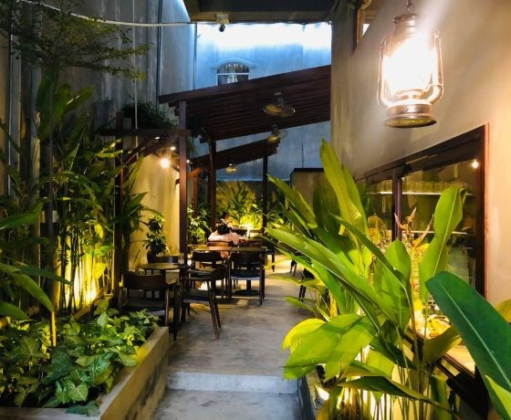Tiffins Bakery & Café - Nha Trang