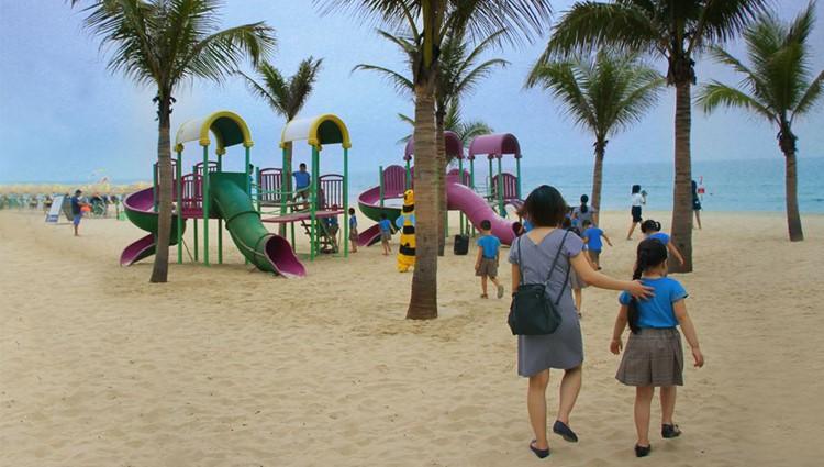 Cận cảnh vẻ đẹp đường hầm thông ra bãi biển đầu tiên tại Đà Nẵng