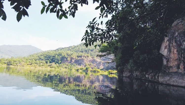 Hồ Xanh: Bức tranh sơn thủy hữu tình giữa lòng Đà Nẵng
