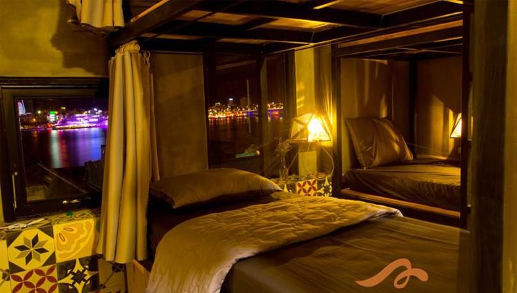 Du lịch Đà Nẵng check-in ở hostel container đầy màu sắc tuyệt đẹp ven biển