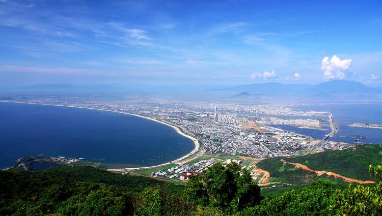 Ngoạn cảnh Đà Nẵng trên đỉnh Bàn Cờ