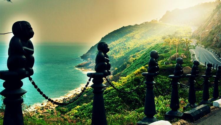 Một ngày tại bán đảo Sơn Trà
