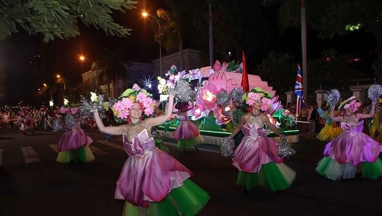 Ấn tượng Lễ hội Carnaval đường phố 2019 với những màn trình diễn siêu cuốn hút