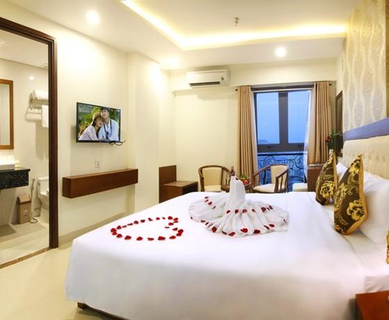 Combo Pháo Hoa 3N2Đ - Khách sạn Hùng Anh 3 sao Đà Nẵng